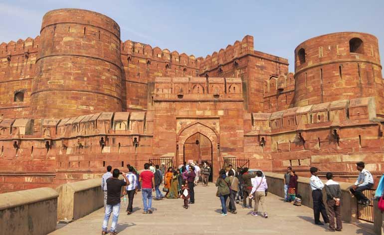 visit Agra from Faridabad
